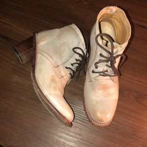 Bed Stu Cobbler Series Distressed White Boots 7.5